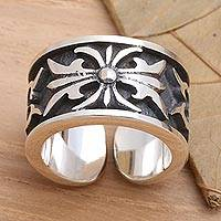 Men's sterling silver ring, 'The Monarch' - Men's Sterling Silver Band Ring
