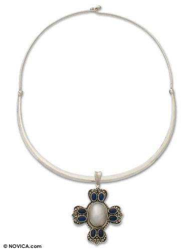 pearl as a symbol in the What is pearl definition and meaning:pearl purl.