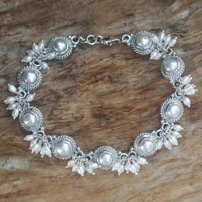 Pearl charm bracelet, 'Moons and Shooting Stars' - Sterling Silver Pearl Link Bracelet