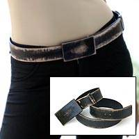 Distressed leather belt, Black Bridge