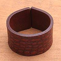 Leather bracelet, 'Red Lizard' - Women's Leather Cuff Bracelet