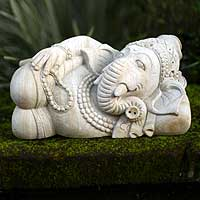 Sandstone statuette, 'Ganesha and the Cycles of Life' - Sandstone statuette