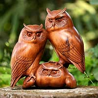 Wood sculpture, 'Owl and Her Chicks' - Wood sculpture
