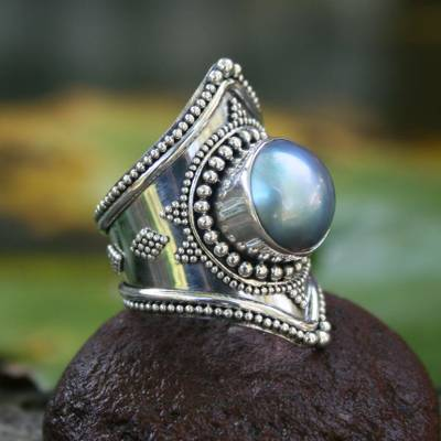 Cultured pearl cocktail ring, Faithful