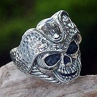 Mens sterling silver ring, Monarch Skull