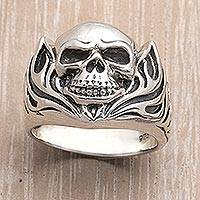 Mens sterling silver ring, Skull of Fire