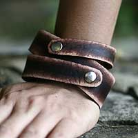 Men's leather wrap bracelet, 'Strong Coffee' - Men's Indonesian Leather Wrap Bracelet