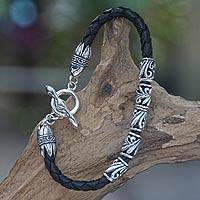 Men's sterling silver and leather braided bracelet, 'Glory'