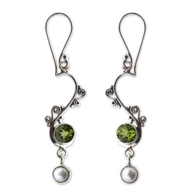 Pearl and peridot dangle earrings