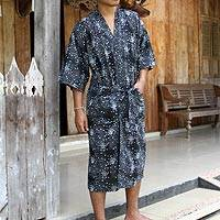 Men's cotton batik robe, 'Black Cosmos' - Men's Unique Batik Cotton Robe