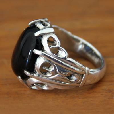 Men's onyx ring, 'Music of the Night' - Men's Sterling Silver and Onyx Ring
