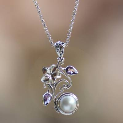 Cultured pearl and amethyst flower necklace, 'Bali Garden' - Floral Sterling Silver Amethyst and Pearl Pendant Necklace