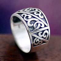 Men's sterling silver ring, 'Majapahit Soldier' - Men's Handcrafted Sterling Silver Band Ring
