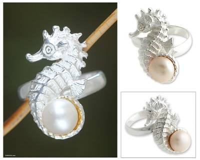 Cultured pearl cocktail ring, 'Sea Horse Treasure' - Handcrafted Sterling Silver and Pearl Cocktail Ring
