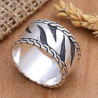 Men's sterling silver ring, 'Heart of a Tiger' - Men's Sterling Silver Band Ring