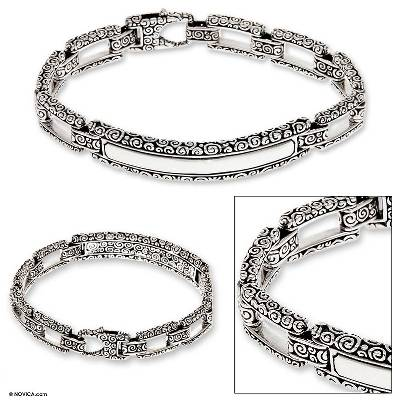 Men's sterling silver bracelet, 'Borobudur Warrior' - Men's Artisan Crafted Sterling Silver Link Bracelet