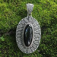 Onyx pendant, 'Queen of Gianyar' - Handcrafted Sterling Silver and Onyx Pendant from Indonesia