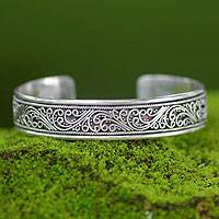 Sterling silver cuff bracelet, 'Fern Ribbon' - Sterling Silver Paisley Designed Cuff from Bali