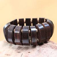 Wood stretch bracelet, 'Jungle Aesthetics' (Indonesia)