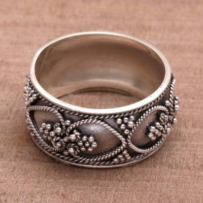 Handmade Sterling Silver Band Ring from Indonesia