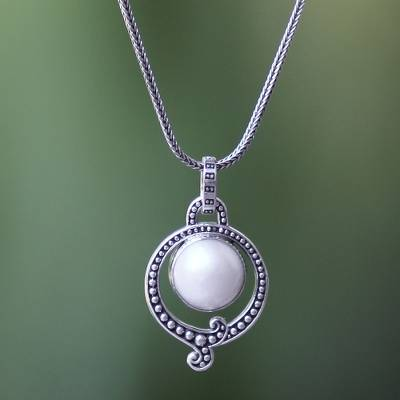 Pearl pendant necklace, 'Angel Halo' - Handmade Pearl and Sterling Silver Necklace