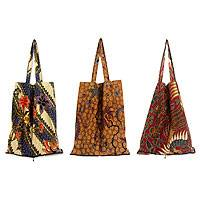 Cotton batik tote bags, 'Jawadwipa Legacy' (set of 3) - Batik Cotton Shopping Tote Bags (Set of 3)