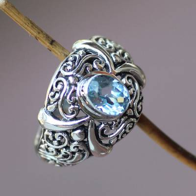Blue topaz single stone ring, 'Heavenly Garden' - Hand Made Sterling Silver and Blue Topaz Ring