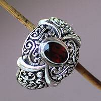 Garnet cocktail ring, 'Heavenly Garden' - Oval Garnet Sterling Silver Scrolled Ring