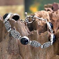 Onyx link bracelet, 'Midnight Jungle' - Onyx link bracelet