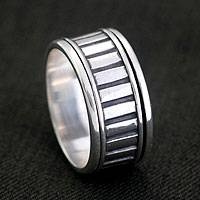 Sterling silver spinner ring, 'Jakarta Urban' - Handcrafted Sterling Silver Meditation Ring