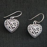Sterling silver flower earrings, 'Loyal Hearts' - Floral Sterling Silver Heart Earrings