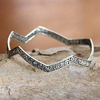 Sterling silver bangle bracelet, 'Sunny Java' - Sterling silver bangle bracelet