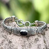 Men's onyx bracelet, 'Royal Bali' - Men's Handmade Sterling Silver and Onyx Bracelet