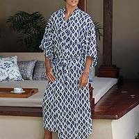 Men's robe, 'Eyes of God' - Men's Geometric Patterned Robe in Black and White Rayon