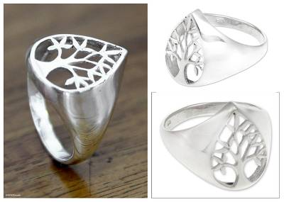 Sterling silver signet ring, 'Beringin Leaf' - Sterling silver signet ring