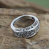 Sterling silver flower ring, 'Night Blooming Jasmine' - Sterling Silver Band Ring