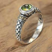 Peridot single stone ring, 'Mystic Paradise' - Sterling Silver and Peridot Ring