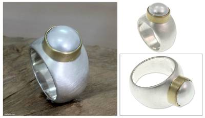 Cultured pearl cocktail ring, 'Jakarta Moonbeam' - Sterling Silver and Pearl Domed Ring