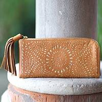 Leather clutch Ginger Sunflower Indonesia