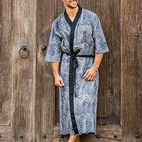 Men's cotton robe, 'Kuta Waves' - Men's Black and White Block Print Robe from Indonesia