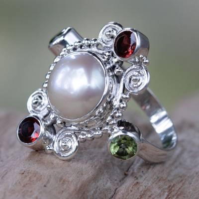 Cultured pearl and garnet cocktail ring, Moon and Stars