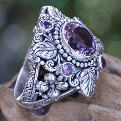 Amethyst flower ring, 'Nature's Splendor' - 3.4 Carat Amethyst and Sterling Silver Ring