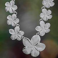 Sterling silver flower necklace, 'Frangipani Glam' - Floral Sterling Silver Necklace