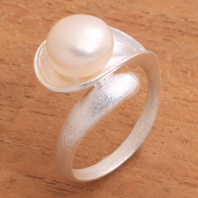 Pearl cocktail ring, 'Nature's Tear' - Pearl and Sterling Silver Cocktail Ring