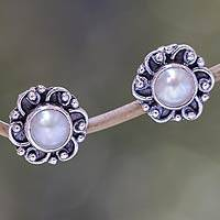 Pearl flower stud earrings, 'Moonlit Blossoms' - Sterling Silver and Pearl Flower Stud Earrings