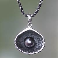 Cultured pearl pendant necklace, 'Sea Treasure in Black' - Fair Trade Black Pearl Seashell Pendant Necklace