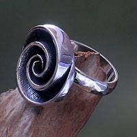 Sterling silver cocktail ring, 'Sea Spiral' (Indonesia)