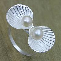 Cultured pearl cocktail ring, 'Ocean Bounty' - Pearl and Sterling Silver Seashell Ring for Women