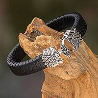 Leather and sterling silver bracelet, 'Eagle Friendship' - Artisan Crafted Leather and Silver Eagle Bracelet