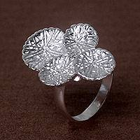 Sterling silver cocktail ring, 'Antanan Leaves' - Leaf Theme Sterling Silver Cocktail Ring Hand Made in Bali